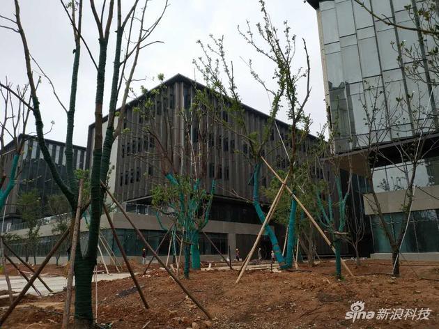 尚在建设中的新园区