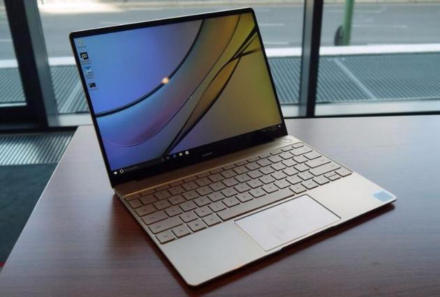 华为MateBook X采用窄边框设计