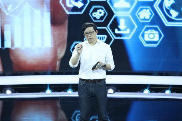蚂蚁金服副总裁登《未来架构师》 畅谈智能金融生活