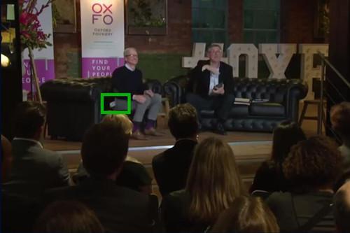 iPhone X从库克的口袋中滑出