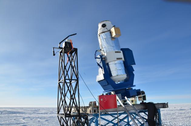 圖2:第二台南極巡天望遠鏡AST3-2。