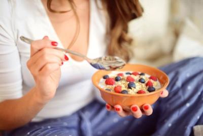 不吃早餐会变胖,但并不是因为你中午会吃的更多