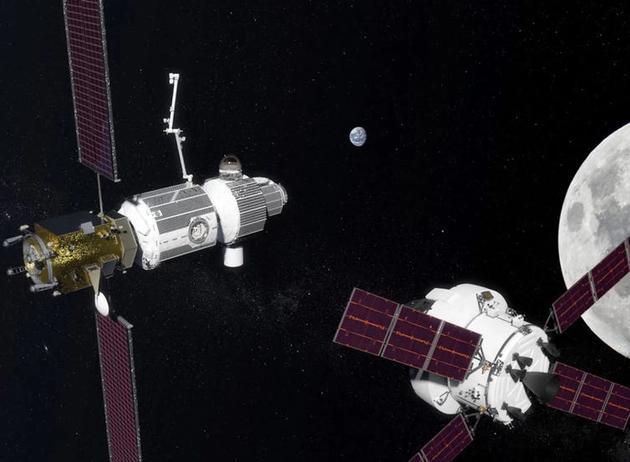 """图中是艺术家描绘的美国宇航局的猎户座飞船将宇航员带到了月球轨道的""""深空通道太空站""""。"""