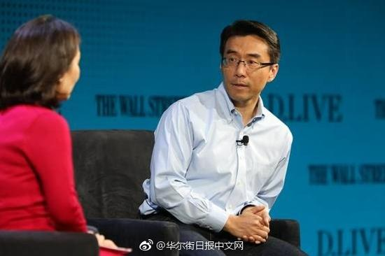 三星旗下投资集团Samsung NEXT的总裁David Eun在WSJ D.Live大会上接受采访。 图片来源:NIKKI RITCHER FOR THE WALL STREET JOURNAL