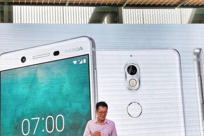 Nokia 7上手:设计和价格都进了一大步