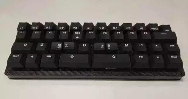 范浩强自己发明的键盘。图片来源于网络