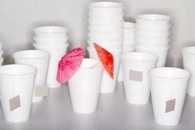 流言揭秘:使用一次性纸杯会致癌?是时候说出真相了