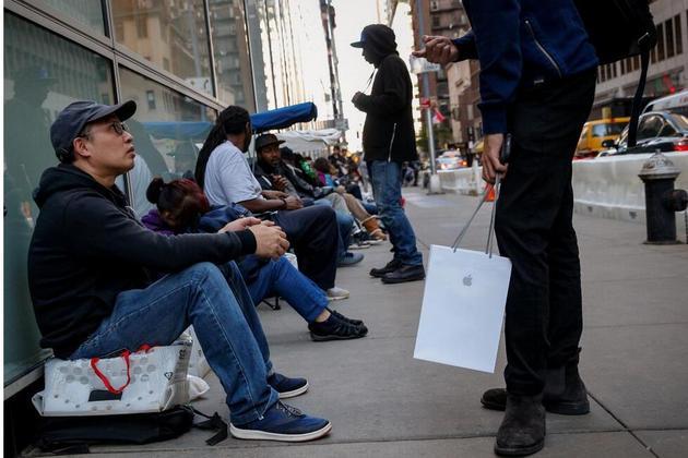 假日购物季将临 iPhone X销量或迎新爆点