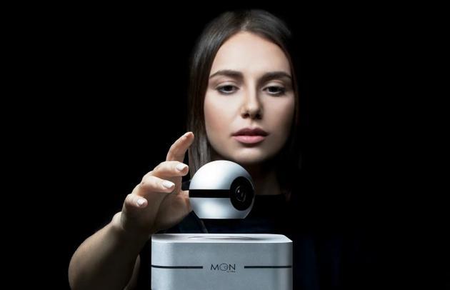 巫师水晶球?世界首款悬浮智能摄像头还能对话
