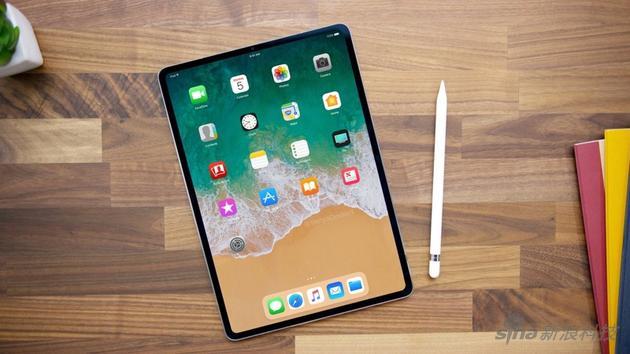 设计师根据传言做的新iPad Pro渲染图
