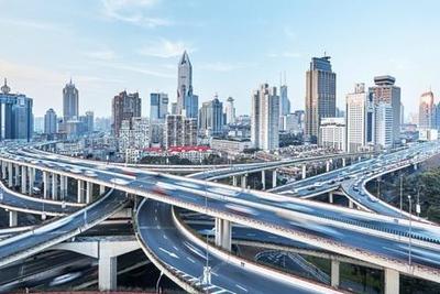 当城市实现完全自动驾驶 车该怎么开?人该怎么走?