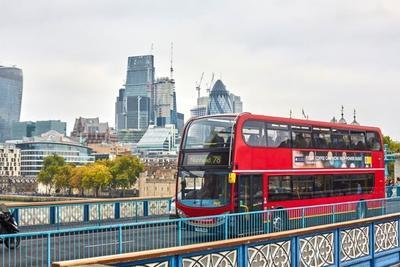 回收咖啡豆也能做燃料 伦敦巴士率先试水