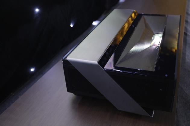 海信4K激光电视新品L6