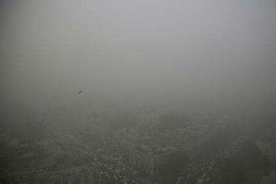 外媒称新德里空气差成全球之最:吓跑他国外交官