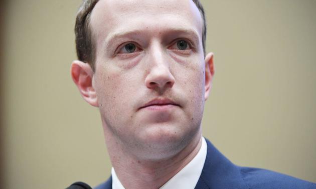 生把巨轮开进了泥潭 扎克伯格掌舵不了Facebook?