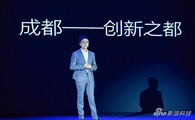极米科技董事长兼CEO钟波