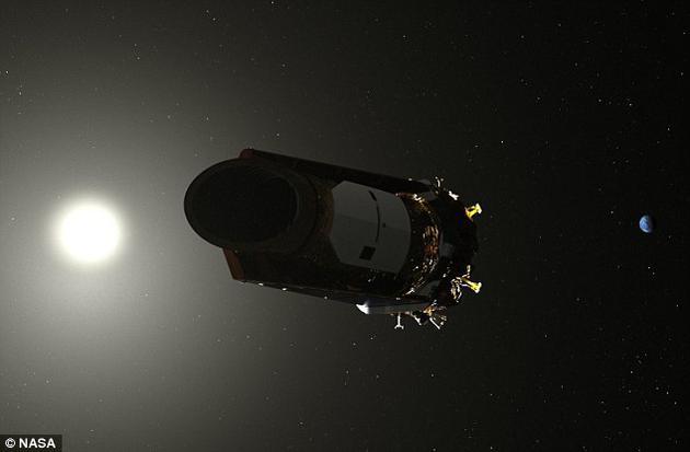 """运行已有9年时间的开普勒太空望远镜现处于""""休眠状态"""",操作人员正在试图从望远镜下载数据。一旦这些数据下载成功,预计将用剩余燃料开始下一轮观测活动。"""