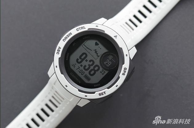 佳明Instinct智能手表