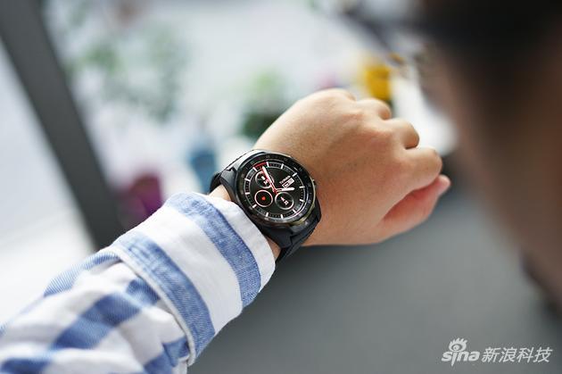 TicWatch Pro 4G逐渐让智能手表脱离配件的命运