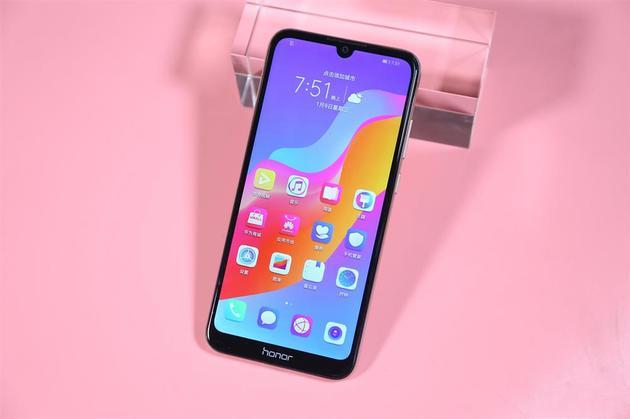 好用不贵 性价比超高的百元手机推荐