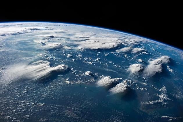 50亿年之后,太阳将耗尽燃料并膨胀,很可能会吞噬地球.图片