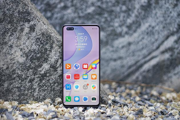手机之美使人更加美丽。 推荐自拍手机取悦女友 华为  vivo   PPO
