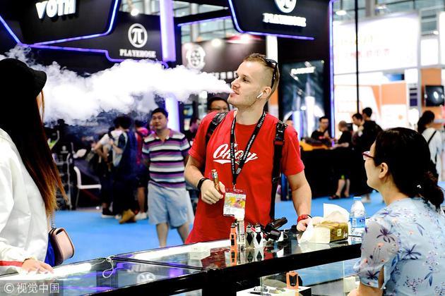 2018年10月1日,2018中国(深圳)国际电子烟展览会在深圳会展?#34892;?#20030;办。