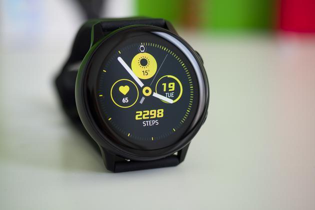 三星Galaxy Watch Active