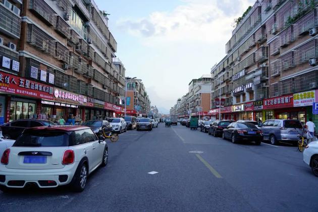 北下朱村主街道。