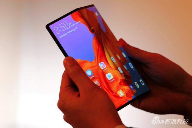 华为Mate X 5G折叠屏手机