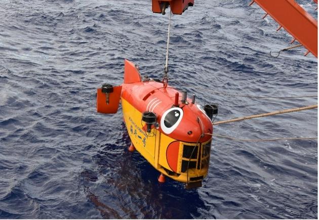 """我国研制的""""海斗一号""""无人潜水器跨入万米科考应用新阶段"""