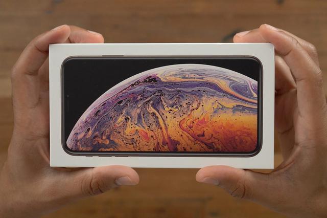 百思买销售数据显示iPhoneXS系列节假日期间销量大跌
