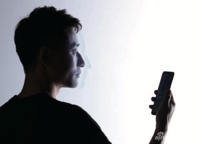 小米8 透明探索版具备了3D面部识别