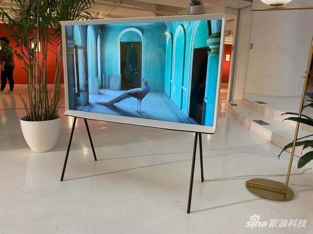 三星新款The SERIF电视发布,最新OLED技术实现100%的色域表现