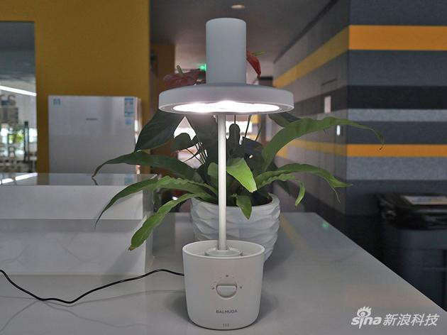 浪人生活:巴慕达的这款台灯凭啥能卖4000元?