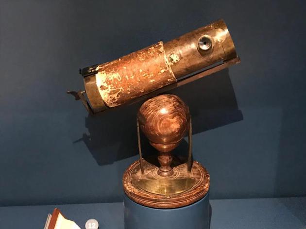 艾薩克·牛頓的反射望遠鏡。| 圖片來源:Matt Brown/Flickr