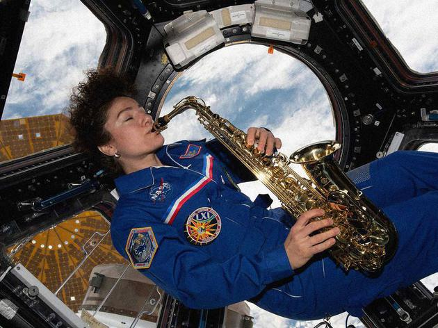 宇航员如何在太空享受周末时光?