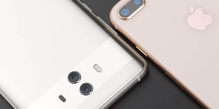 华为新营销方式:给排队买iPhone XS的人送充电宝