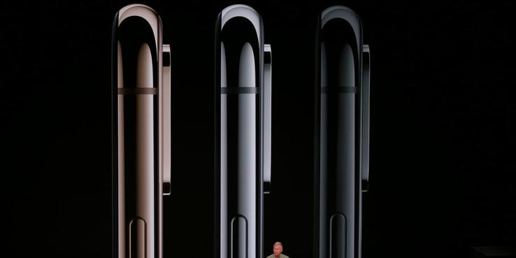 iPhone XS Max隐藏升级:异形电池