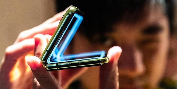 三星回顾Galaxy Fold研发历程:菲律宾太阳城网站申博,原型机有1000多个