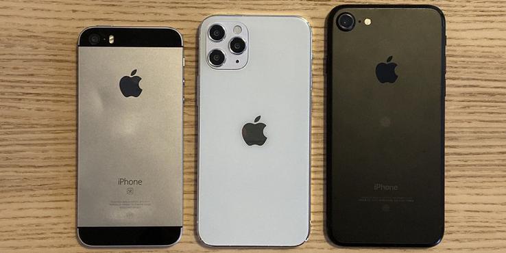 5.4寸iPhone 12机模对比 下一代单手小钢炮诞生?