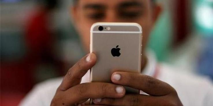 """苹果向受""""电池门""""影响iPhone用户每人赔偿25美元"""