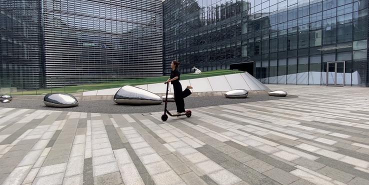 ninebot ES1L体验:简单设计轻便有趣的电动滑板车