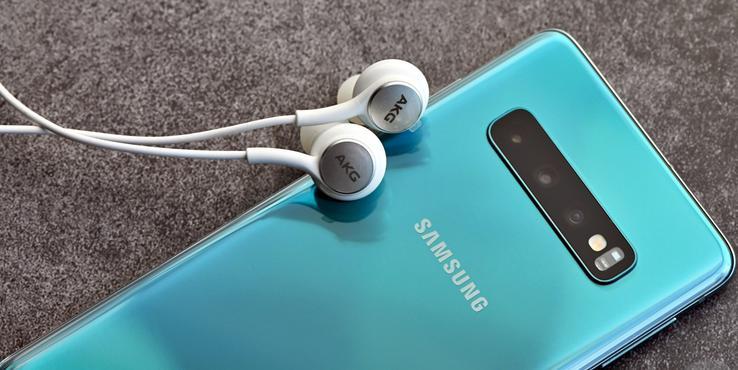 取消耳机充电器的不止iPhone 三星或许也快了