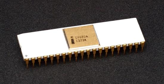 英特尔70年代的iC8080A芯片