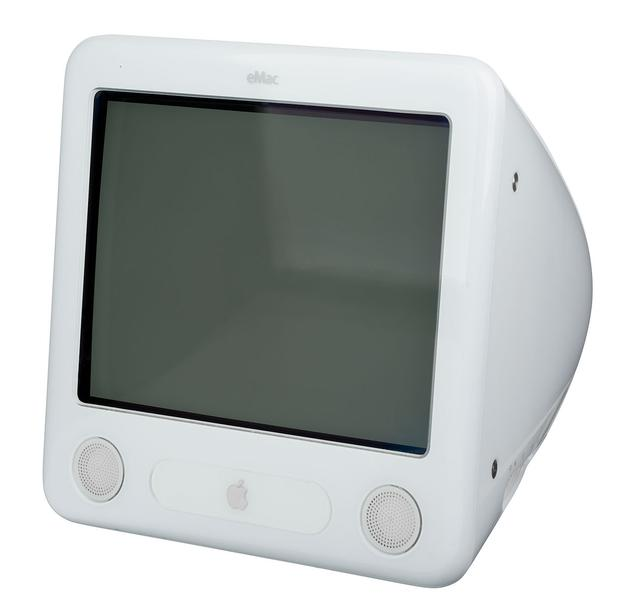 你还记得这款苹果CRT台式机eMac吗?
