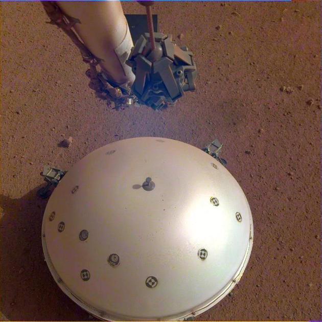 洞察号首次观测到火星地震火星地震地震仪