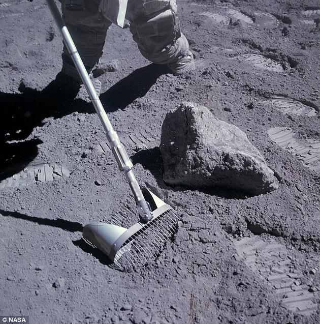 研究人员发现,可以追溯到5亿年前的月球玻璃球粒数量与之前的400万年几乎是一样的。