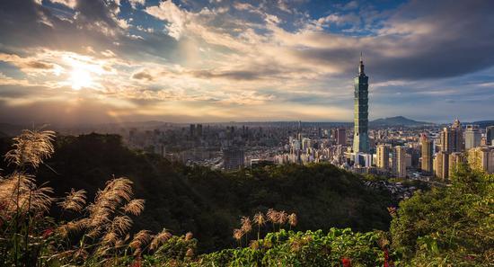 从糖岛到硅岛:台湾地区科技产业