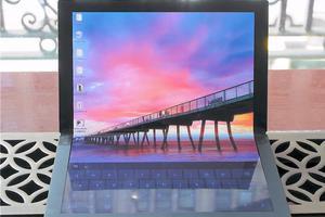联想OLED折叠屏设备实物曝光